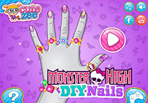 Haz la manicura a las Monster High