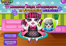 Vestir a baby Draculaura y Frankie